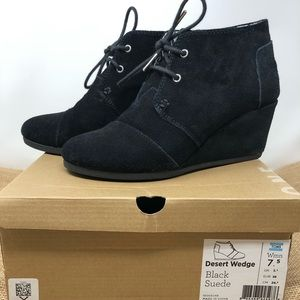 Toms Desert Wedge Black Suede Booties size 7.5